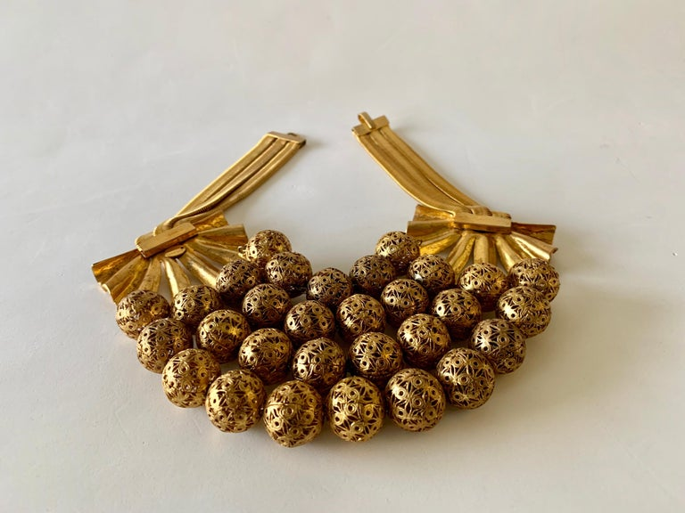 Vintage Gilt Rochas Paris Statement Necklace  For Sale 10
