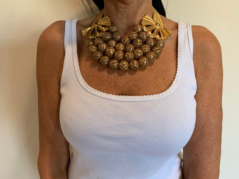 Vintage Gilt Rochas Paris Statement Necklace  For Sale 1