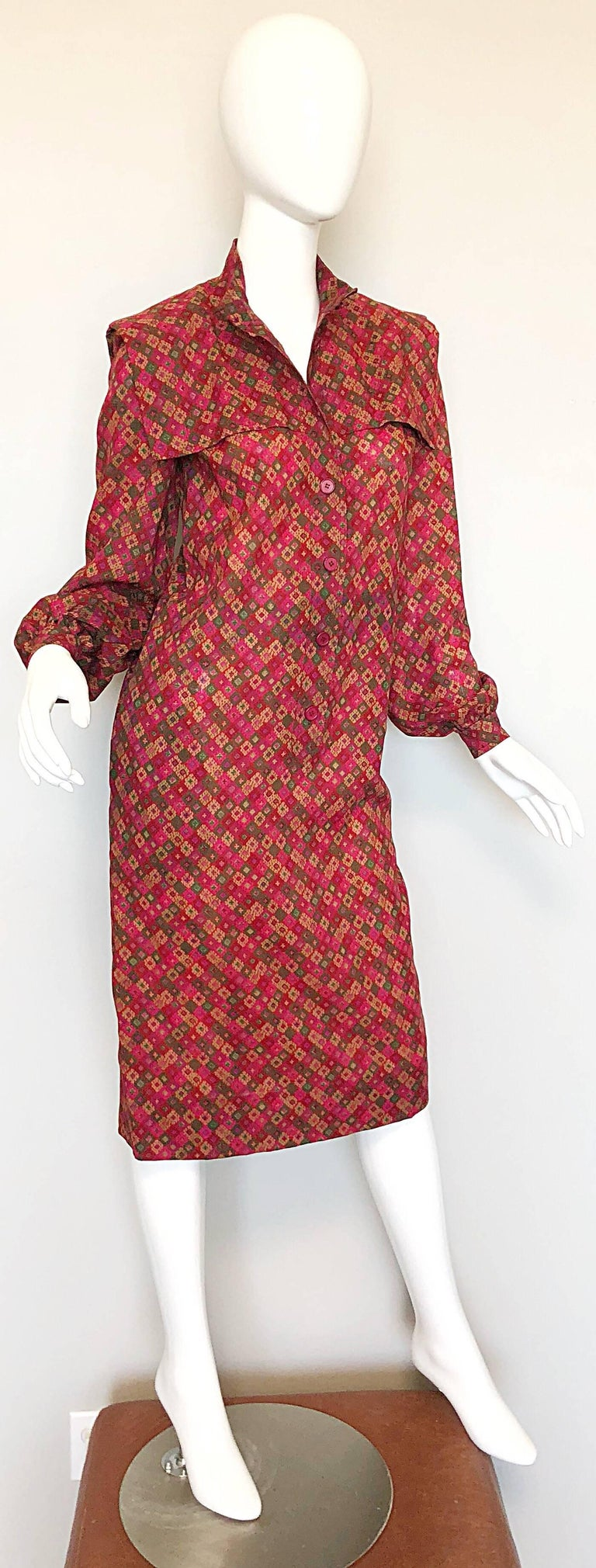 Vintage Givenchy 1980s Mosaic Tile Print Pink + Green Lightweight Wool Sac Dress For Sale 4