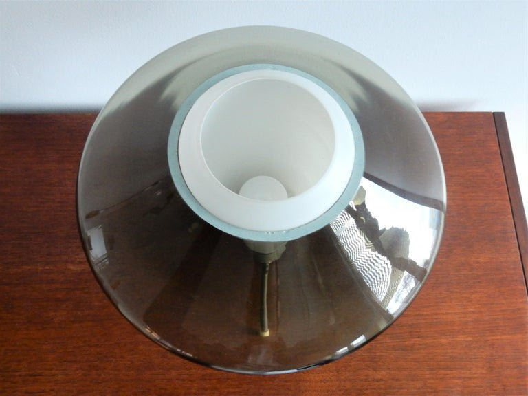 Mid-Century Modern Vintage Glass and Metal Tripod Table Lamp, 1960s For Sale