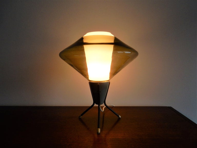 Vintage Glass and Metal Tripod Table Lamp, 1960s For Sale 1