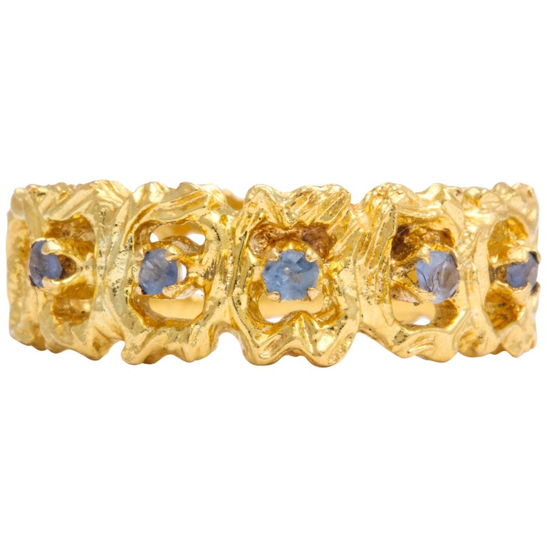 Vintage Gold and Sapphire Band Ring For Sale