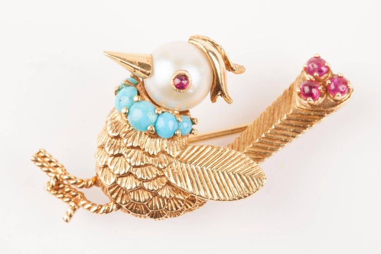 Gold Pearl Rubies and Turquoise French Bird Brooch In Excellent Condition For Sale In Saint-Ouen, FR
