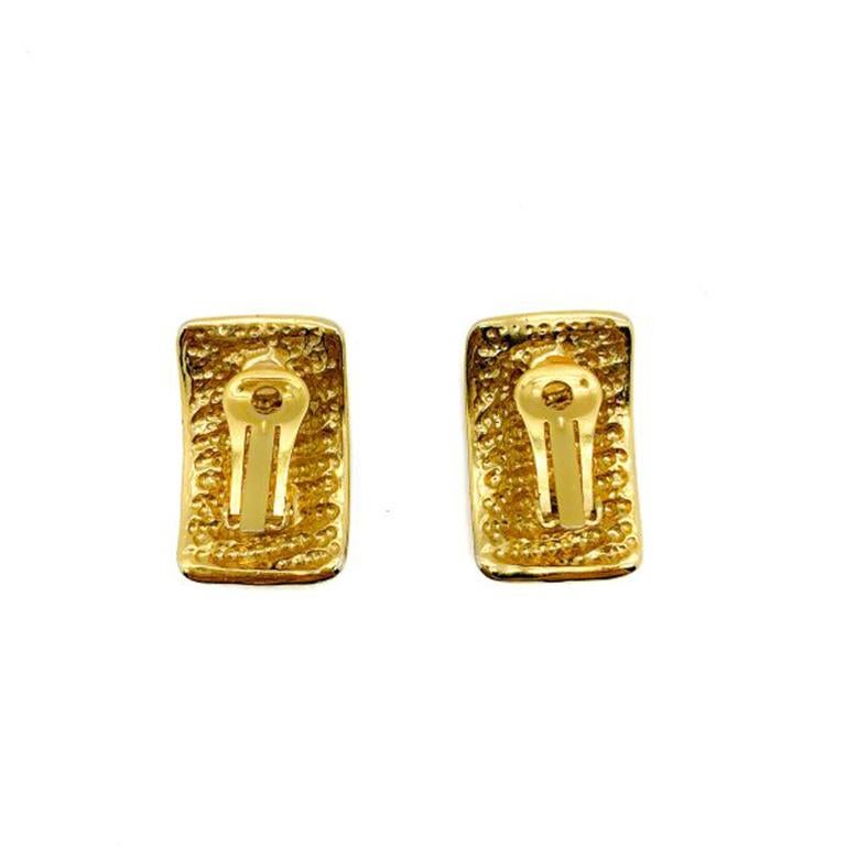 Vintage Gold Ribbed Clip Earrings 1990S In Good Condition For Sale In Wilmslow, GB
