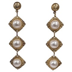 Vintage gold tone faux white pearls stones earrings