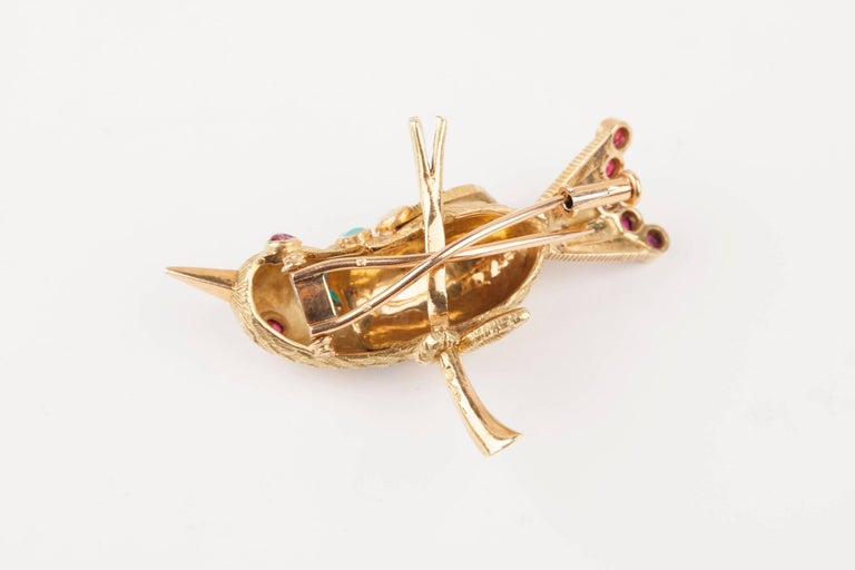 Vintage Gold Turquoise and Rubies French Bird Brooch For Sale 1
