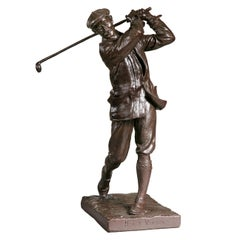 Vintage Golf Figure of Harry Vardon, Champion Golfer bu Hal Ludlow