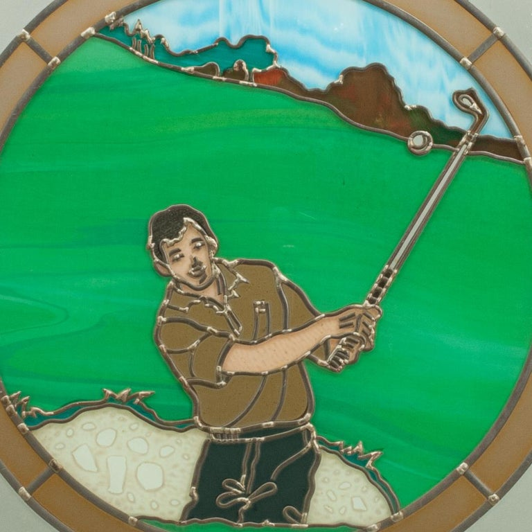 Vintage Golf Stained Glass Window 1993 from the Mansfield Bar In Good Condition For Sale In Oxfordshire, GB