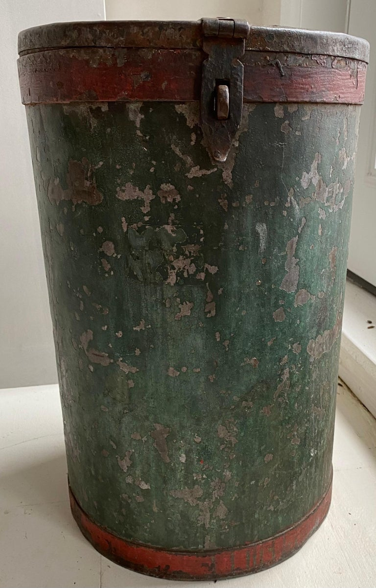 Charming grain container. Perfect for a little side or end table, recycling bin, bird seeds, refuse container or its original purpose.