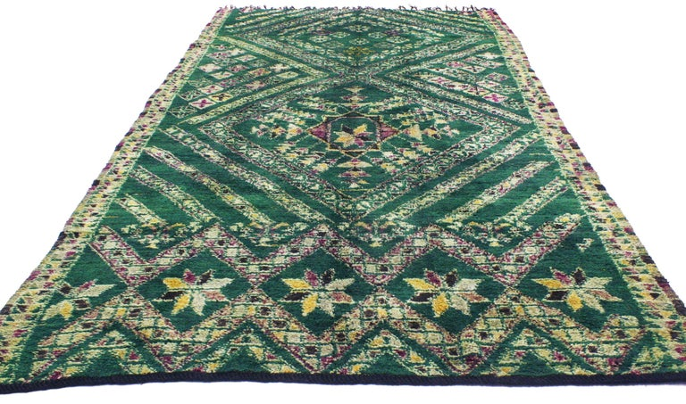 Vintage Green Beni Mguild Rug, Berber Moroccan Rug with Tribal Style In Good Condition For Sale In Dallas, TX