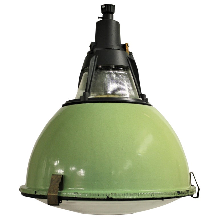 Vintage Industrial Enamel Pendant Light: Vintage Green Enamel Industrial Pendant Lights With Glass