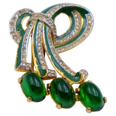 Vintage Green Glass Brooch With Rhinestones 1940's