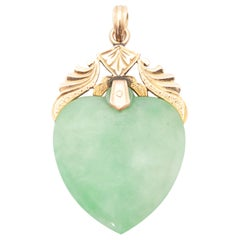 Vintage Green Jade Heart-Shaped Yellow Gold Pendant Enhancer