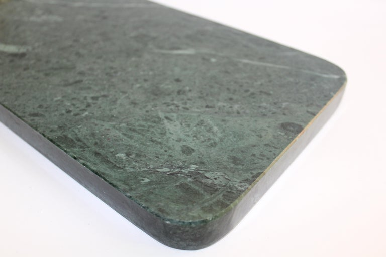 Late 20th Century Vintage Green Marble Tray with Gold Leopard Serving Knives, 1970s For Sale