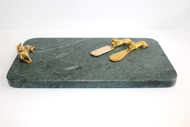 Vintage Green Marble Tray with Gold Leopard Serving Knives, 1970s For Sale 1