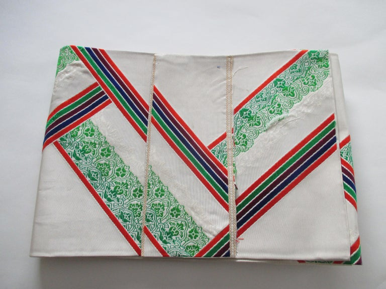 Japonisme Vintage Green Red and White Embroidered Obi Textile For Sale