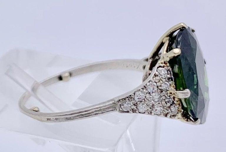 Women's Vintage Green Sapphire Diamond Platinum Ring For Sale