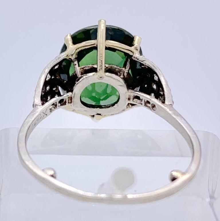 Vintage Green Sapphire Diamond Platinum Ring For Sale 1