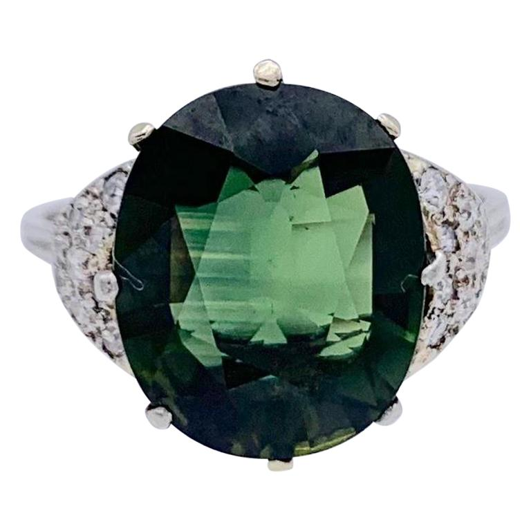 Vintage Green Sapphire Diamond Platinum Ring For Sale
