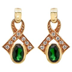 Vintage Green Tourmaline and Diamond 18 Carat Yellow Gold Dangle Earrings