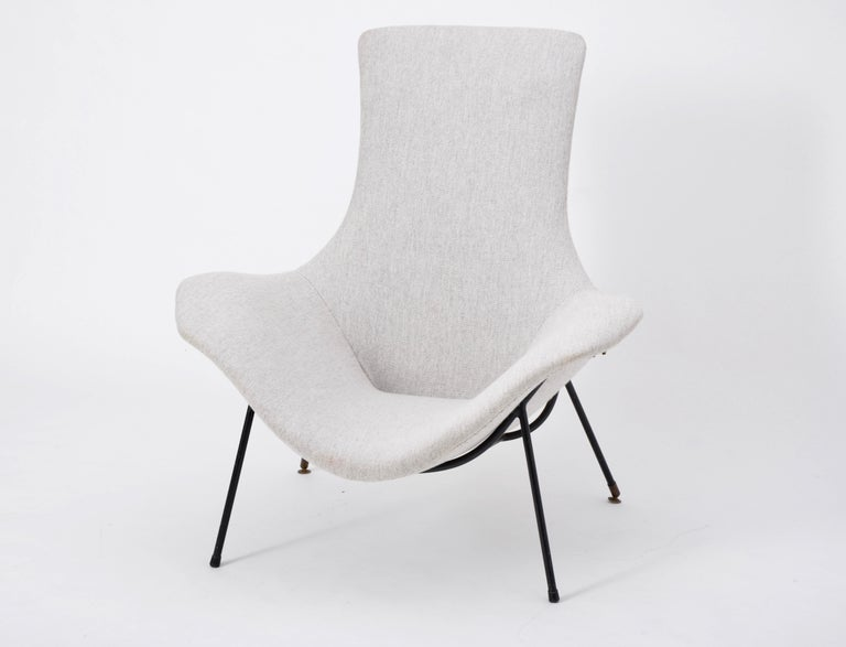 Metal Grey Italian Mid-Century Modern lounge chair by Augusto Bozzi for Saporiti For Sale