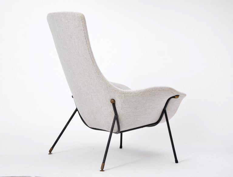 Grey Italian Mid-Century Modern lounge chair by Augusto Bozzi for Saporiti For Sale 3