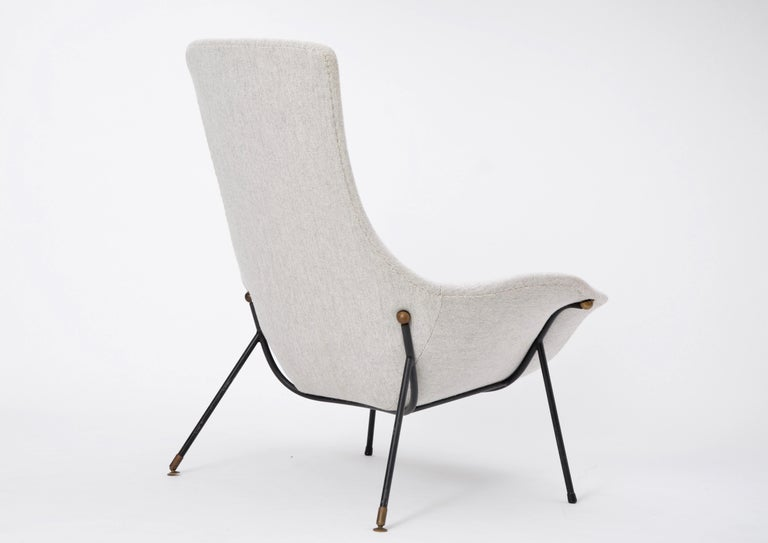 Grey Italian Mid-Century Modern lounge chair by Augusto Bozzi for Saporiti For Sale 4