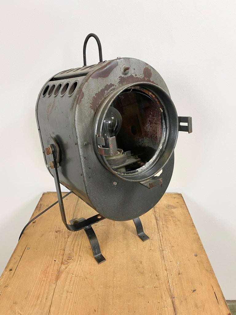 Vintage Grey Theater Spotlight, 1960s In Good Condition For Sale In Mratin, CZ