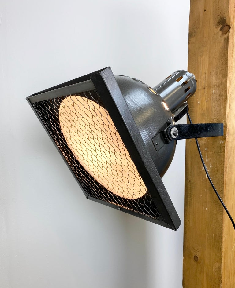 Vintage Grey Theatre Wall or Ceiling Spotlight, 1960s For Sale 2