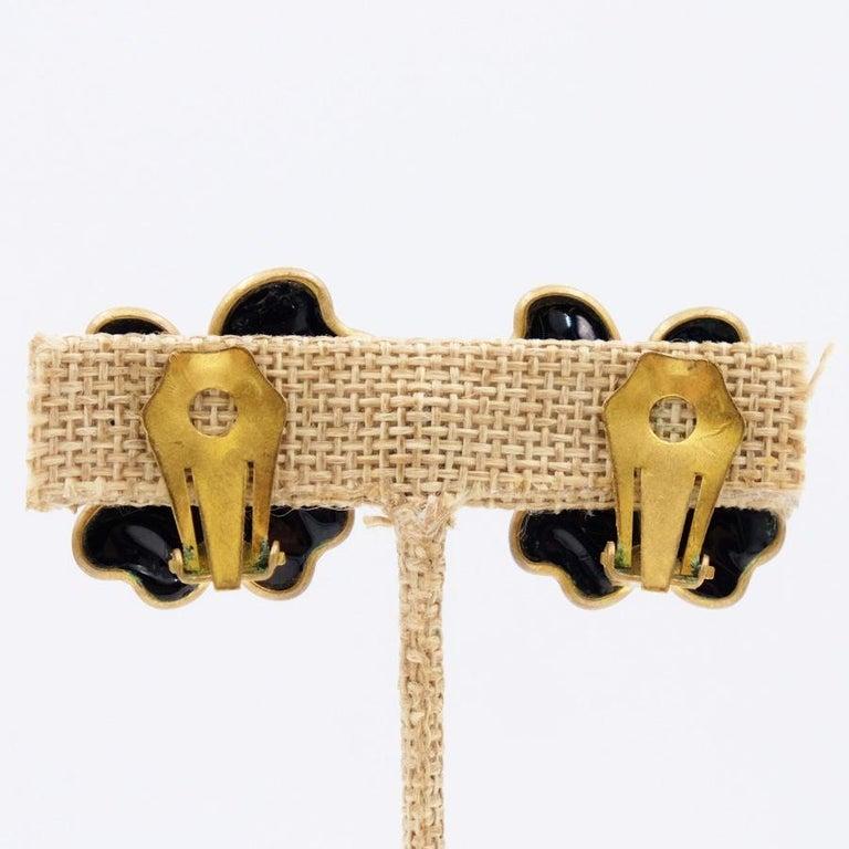 Women's or Men's Vintage Gripoix Black Glass Earrings 1980s For Sale