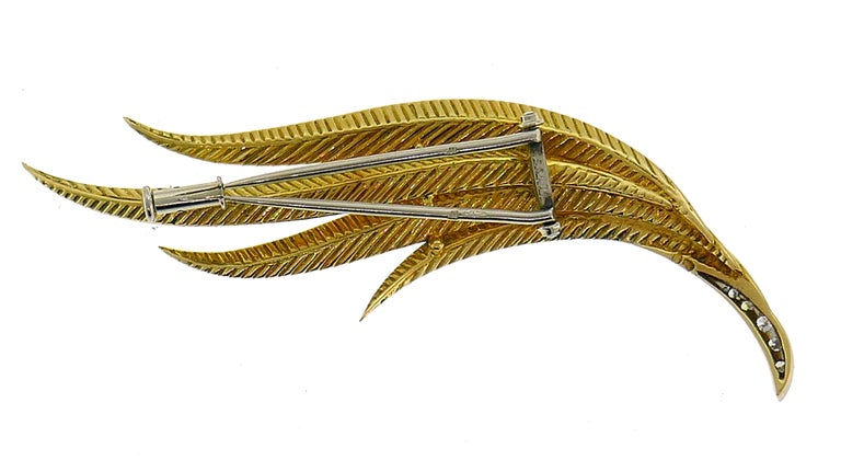 Vintage Gubelin Diamond Gold Feather Pin Brooch Clip For Sale 1