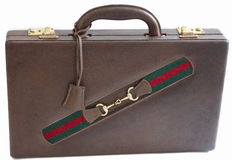 Gray Vintage Gucci Backgammon Game Travel Leather Case Horse-bit Webbing 70s  For Sale