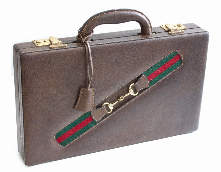 Vintage Gucci Backgammon Game Travel Leather Case Horse-bit Webbing 70s  For Sale 4