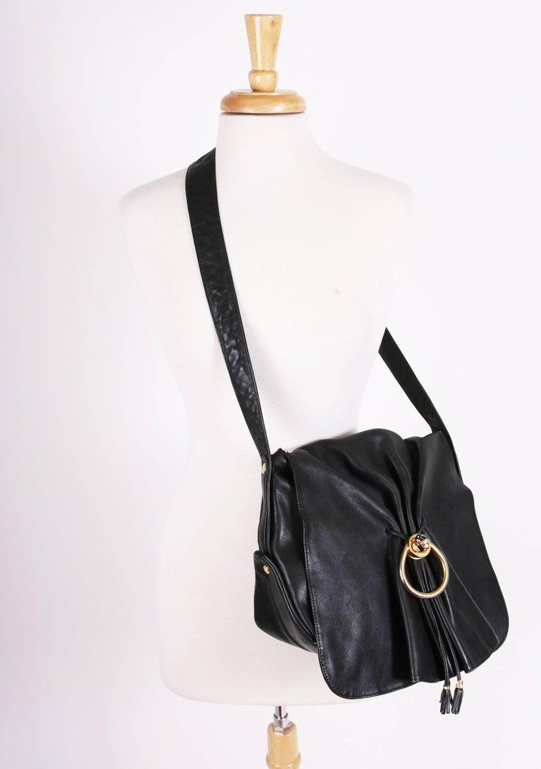 41e4d08f7 Women's Vintage Gucci Black Leather Bag w/Flap Closure & Enamel Tiger Head  Door Knocker