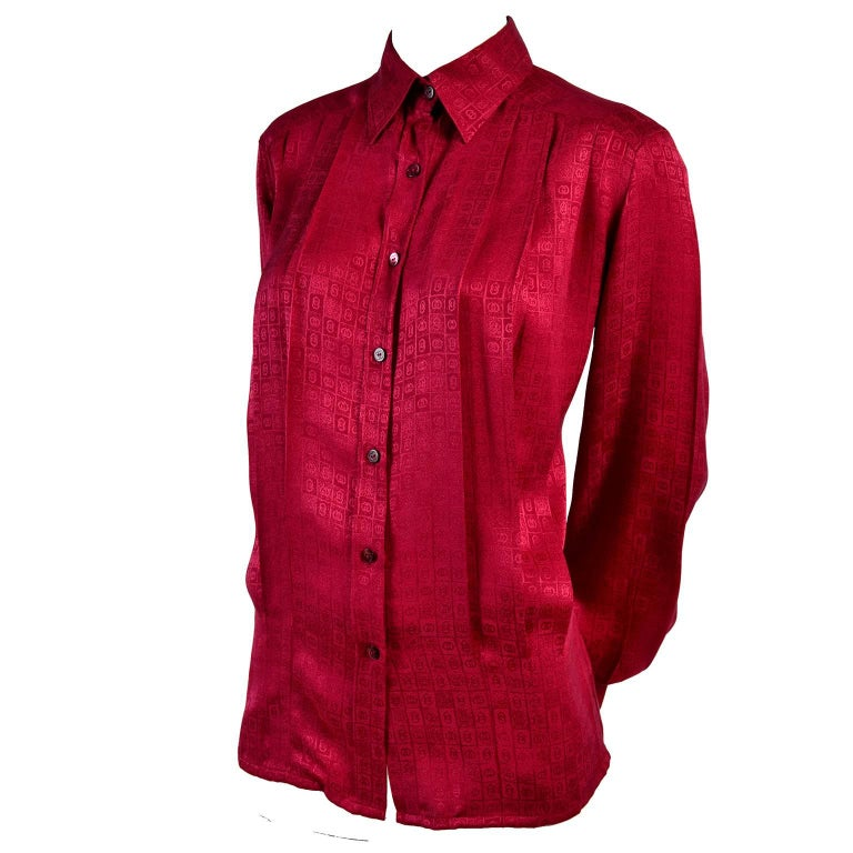 Gucci Vintage Pleated Red Silk Blouse With Tonal Gucci Logo Print