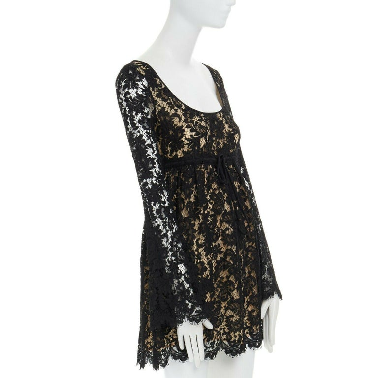 Women's vintage GUCCI TOM FORD SS96 runway black lace scoop flare sleeve mini dress S For Sale