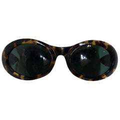 Vintage Gucci Tortoise Shell Sunglasses & Original Leather Case 1970s