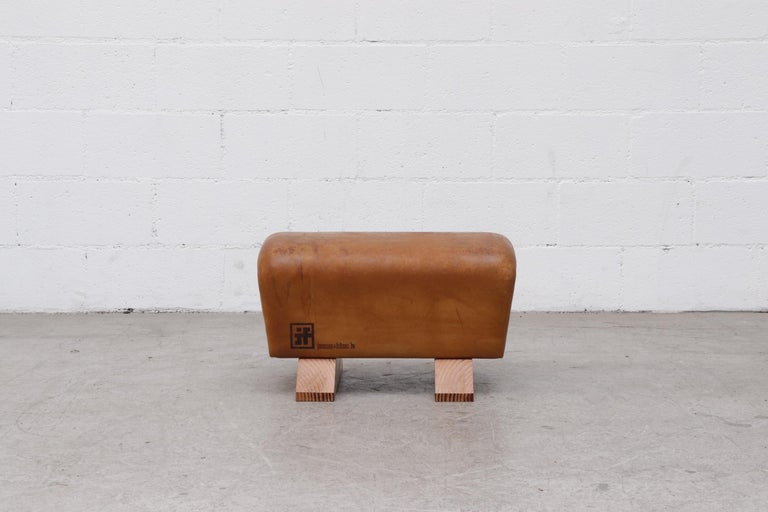 Vintage Gymnasium Horse Vault Ottoman In Good Condition For Sale In Los Angeles, CA