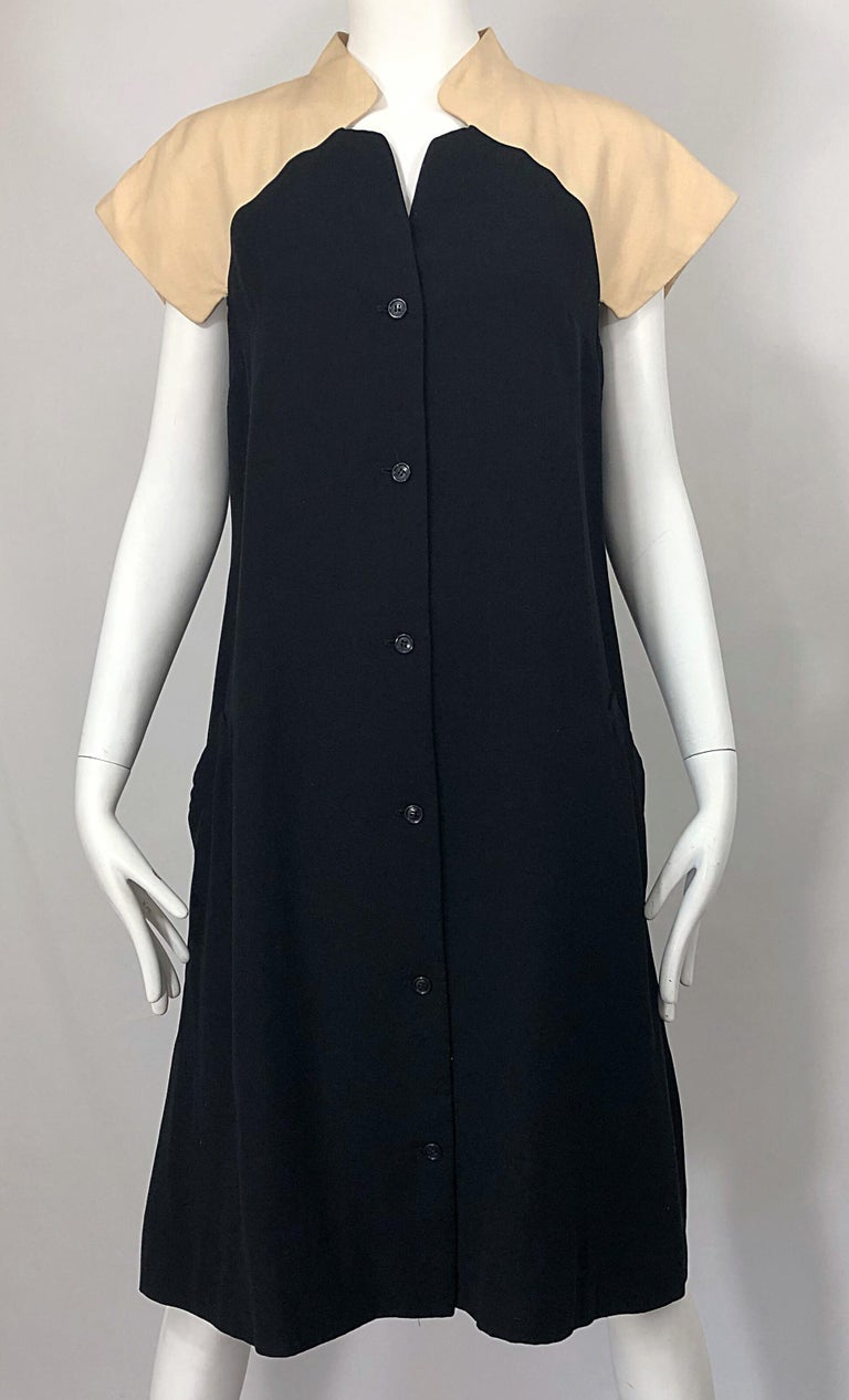 Vintage Halston 1970s Optical Illusion Black + Khaki 70s Trapeze Dress For Sale 2