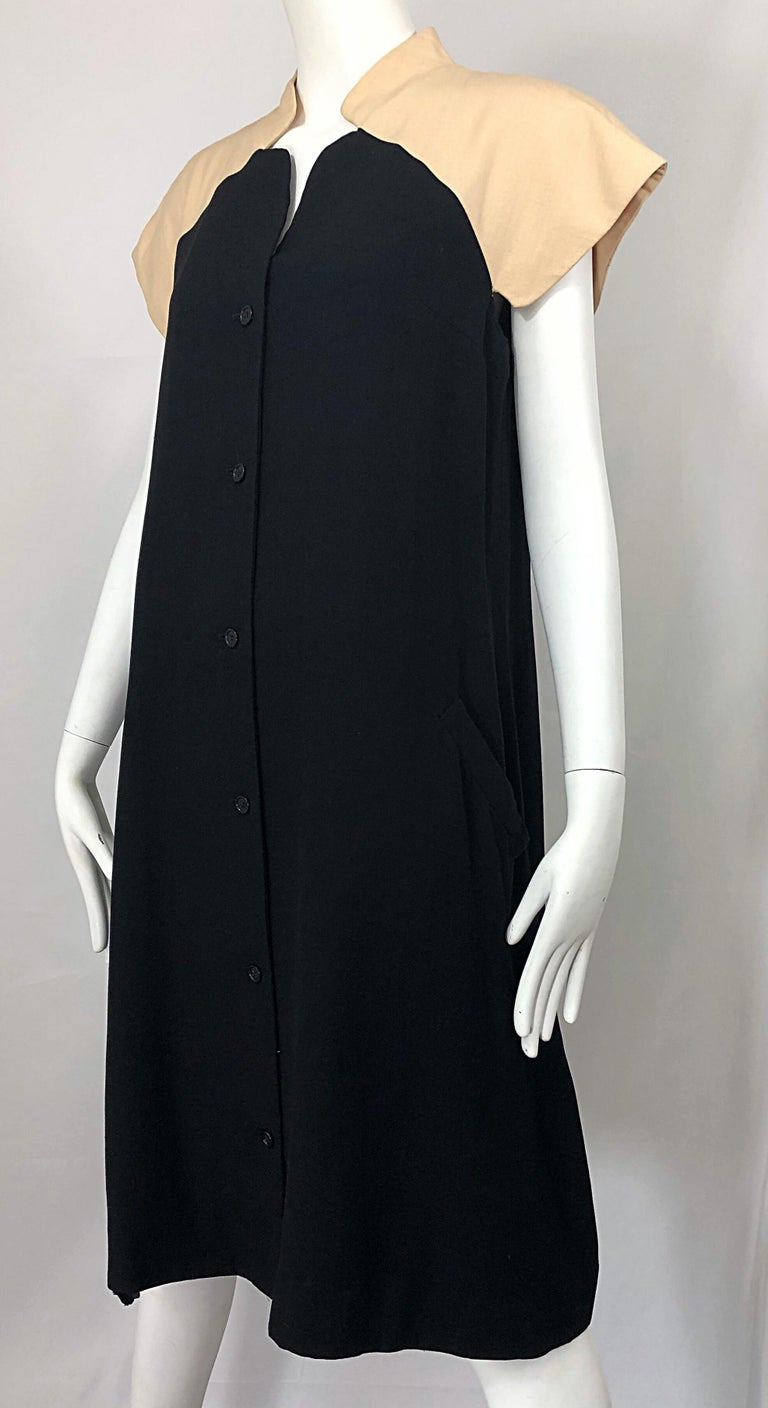 Vintage Halston 1970s Optical Illusion Black + Khaki 70s Trapeze Dress For Sale 3