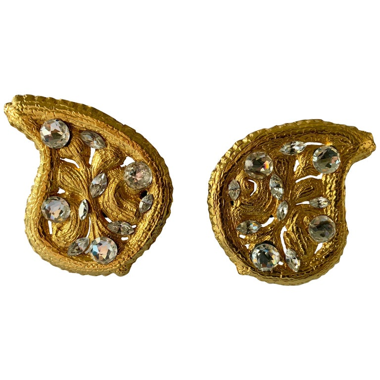 Vintage Hammed Gold Jeweled Paisley Earrings  For Sale