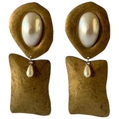 Vintage Hammered Gilt Pearl Statement Earrings