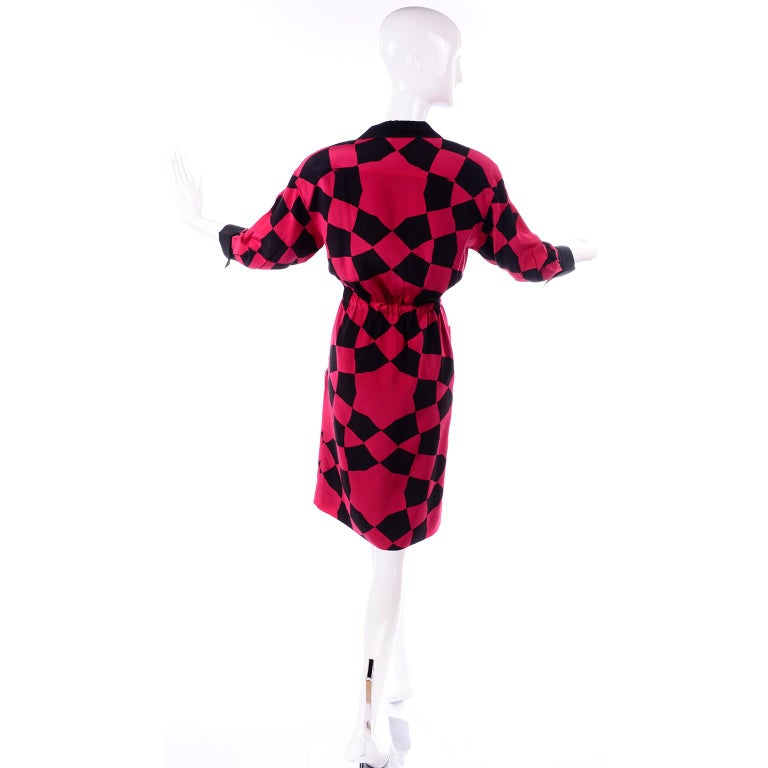 Vintage Hanae Mori Red and Black Geometric Abstract Harlequin Print Silk Dress For Sale 2