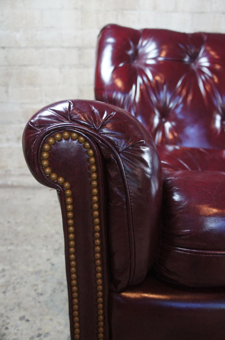Vintage Hancock & Moore Red Burgundy Leather Tufted Chesterfield Sofa Couch For Sale 6