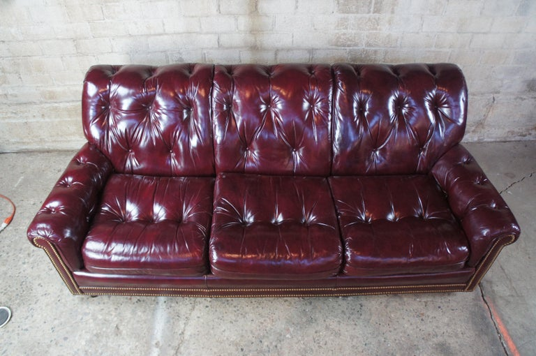 Late 20th Century Vintage Hancock & Moore Red Burgundy Leather Tufted Chesterfield Sofa Couch For Sale
