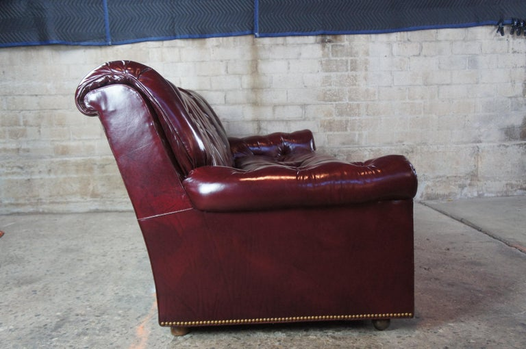 Vintage Hancock & Moore Red Burgundy Leather Tufted Chesterfield Sofa Couch For Sale 2