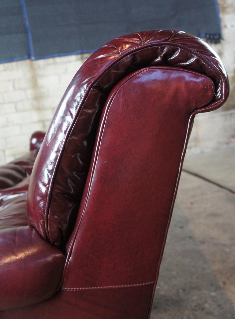 Vintage Hancock & Moore Red Burgundy Leather Tufted Chesterfield Sofa Couch For Sale 5
