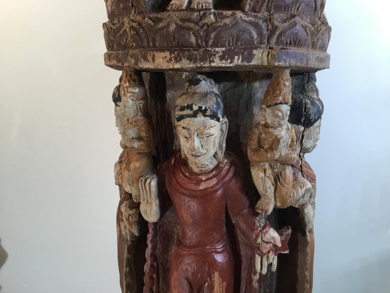 Vintage Hand Carved Cluster of Buddha Statue In Good Condition For Sale In Delray Beach, FL