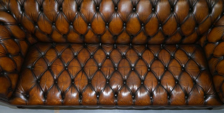 Vintage Hand Dyed Fully Restored Whisky Brown Pleated Leather Chesterfield Sofa For Sale 4