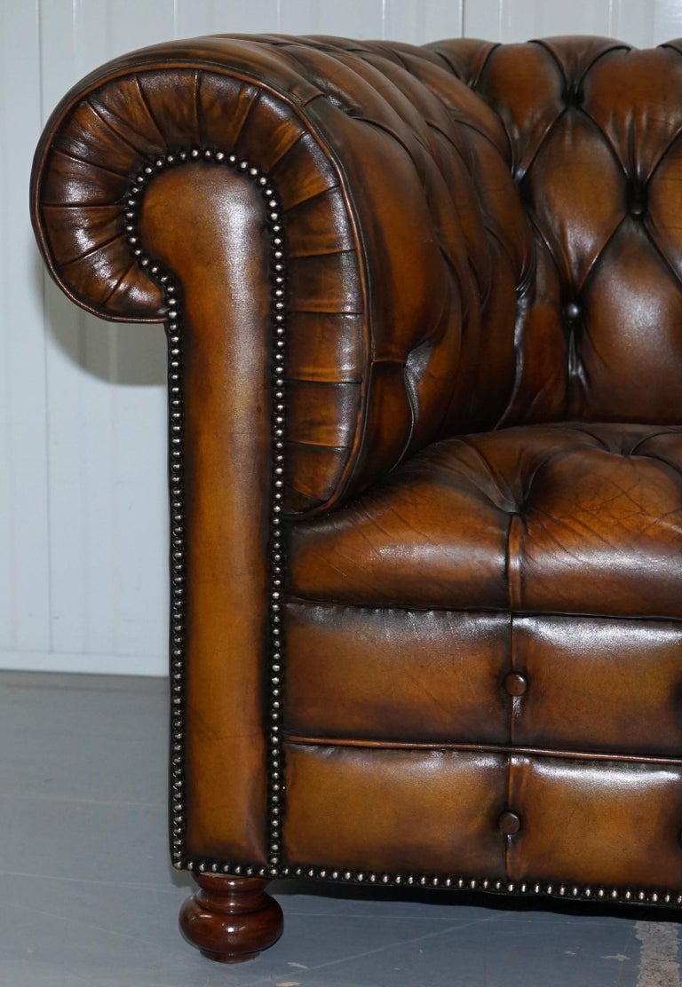 Vintage Hand Dyed Fully Restored Whisky Brown Pleated Leather Chesterfield Sofa For Sale 6
